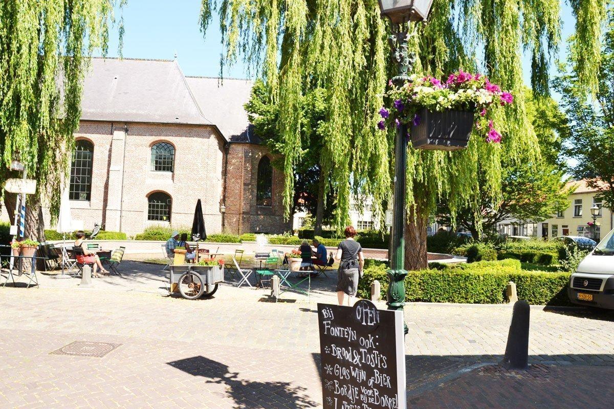 Reisgids Zeeland - IJssalon Fonteyn in Groede